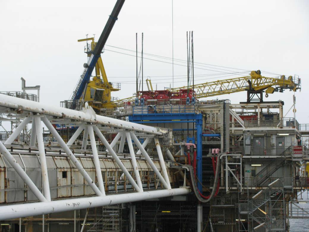 Lifting of Bridge Section - Offshore (EKOB), Norway - bygging uddemann