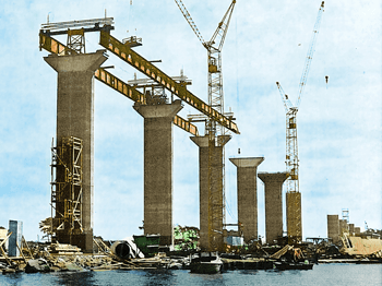 Lifting of Formwork, Bridge - Öland, Sweden - bygging uddemann