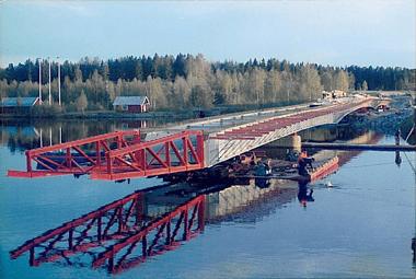 Bridge Launching - Fjällsjöälven, Sweden - bygging uddemann