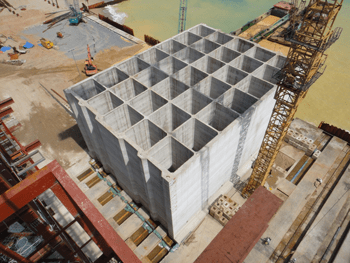 Transfer of Caissons for Breakwater Wall - Vietnam - bygging uddemann