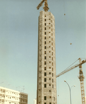 High Rise Building, Darwish Bin Karam - Abu-Dhabi - bygging uddemann