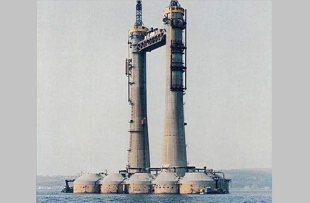 Oil platform - Arduaine Point, UK. - bygging uddemann