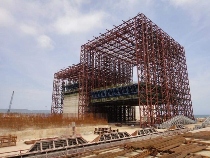 Wharf & Breakwater, Son Duong Port, Vietnam - bygging uddemann